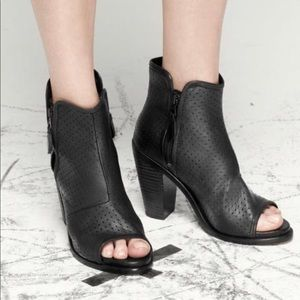 Rag & Bone Noelle black booties